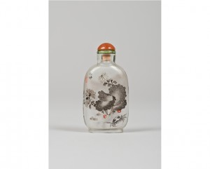tabatiere-verre-peinte-interieur-chine-chinoise-artiste-signature-cachet-crabe-chrysanthemes-yan-yutian