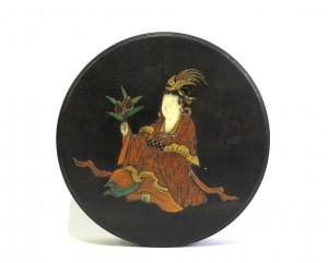 Petit kogo de forme ronde en bois laqué noir