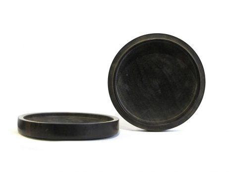 Petit kogo de forme ronde en bois laqué noir 3