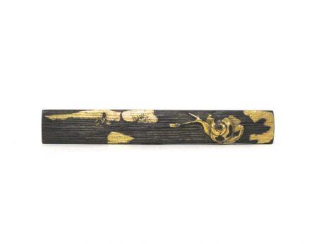 Kozuka en shakudo et or décoré d'un escargot