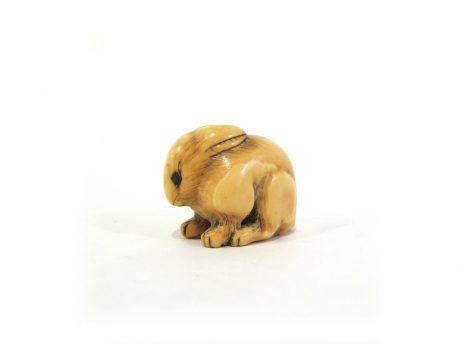 Netsuke en ivoire katabori - Lapin