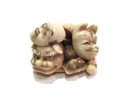 Netsuke en ivoire katabori - Groupe de masques de Kyogen 3