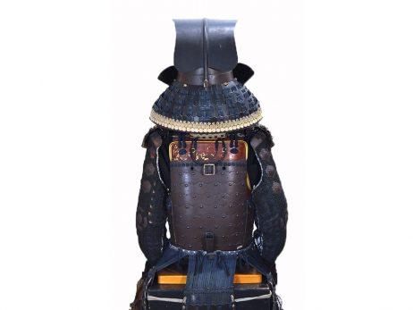 Armure japonaise – Kon-odoshi okegawa go-mai renjaku-do gusoku - arrière