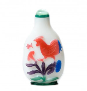 Tabatiere verre overlay cinq couleurs coq chine histoire qing