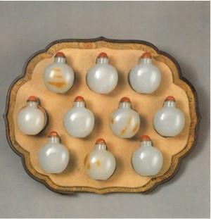 Coffret de tabatières chinoises en jade offert en cadeau par l'Empereur