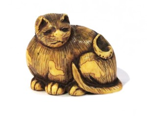 Netsuke ivoire japon japonais collection art objet chat coquillage awabi expert
