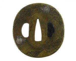 Tsuba ovale sentoku papillons et balais